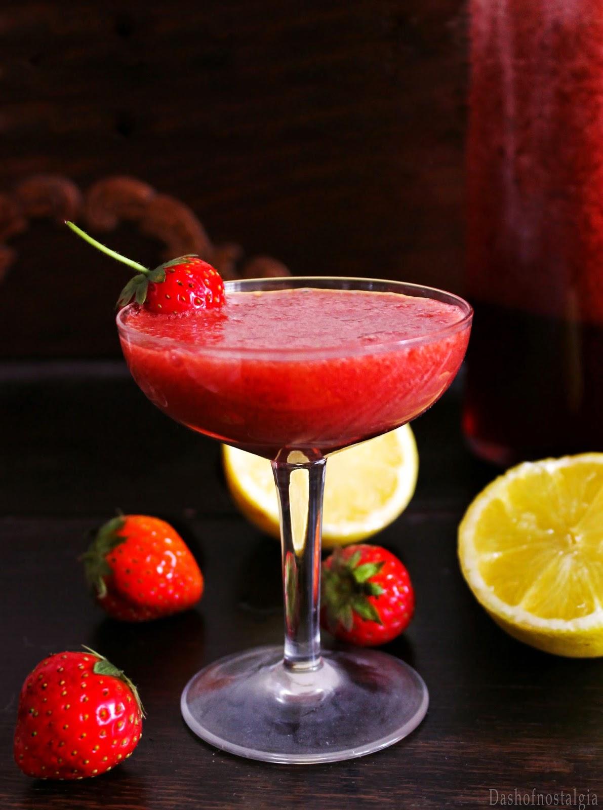 Strawberry daiquiri cocktail recept for Cocktail daiquiri