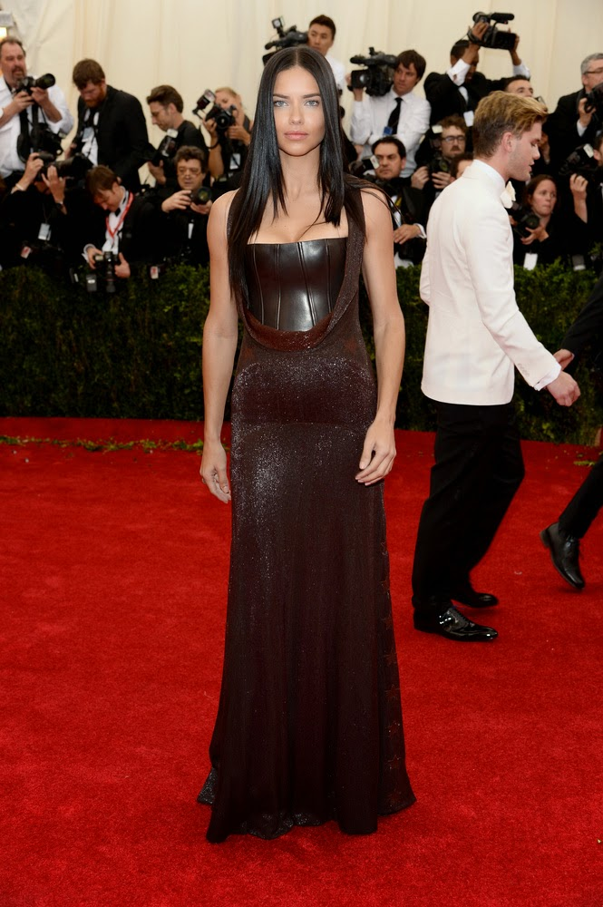 Adriana Lima, Met Gala 2014 Red Carpet