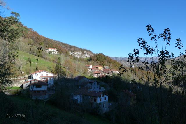 Pueblo de La Molina ( Cabrales ) Asturias