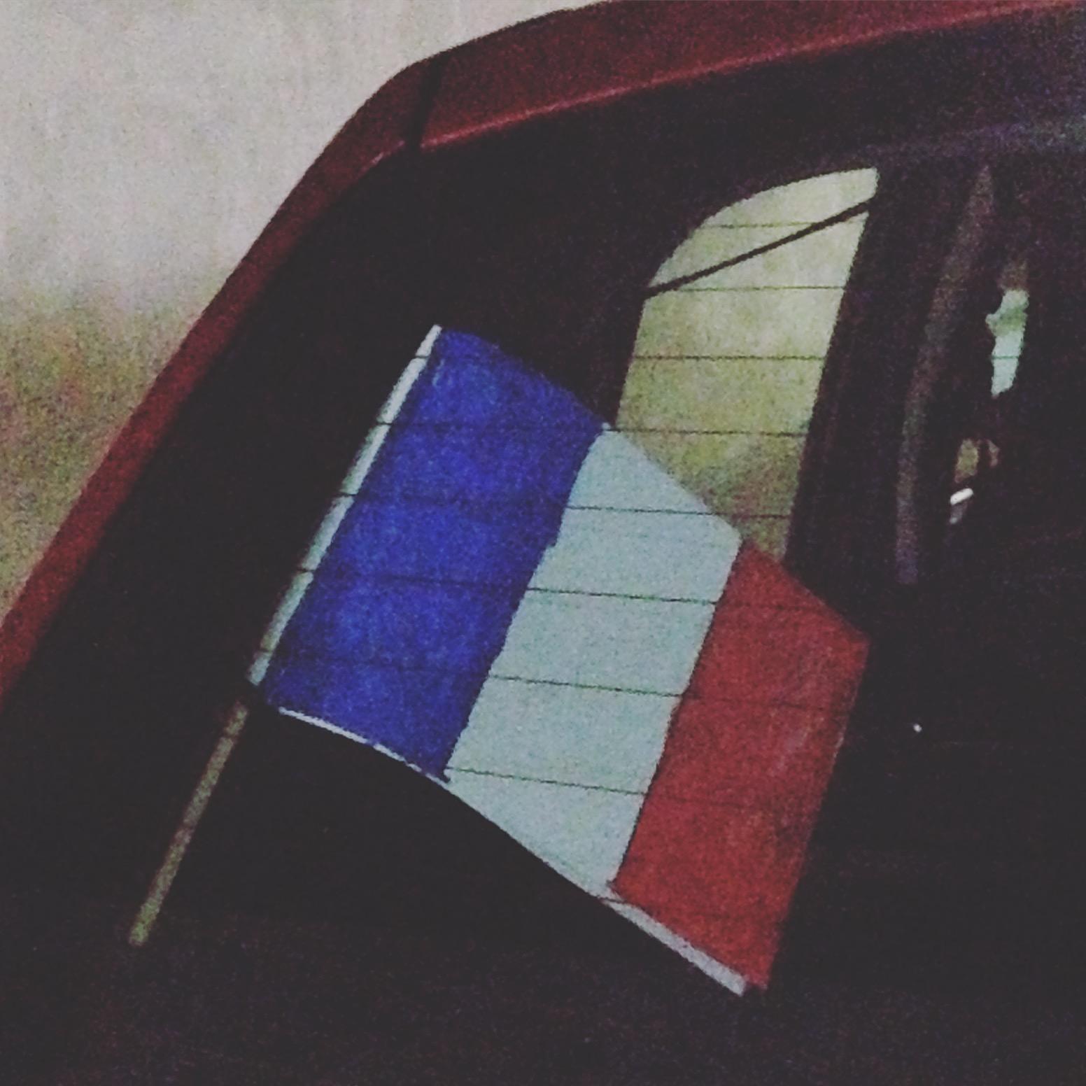 Une chambre à moi: du bleu, du blanc, du rouge