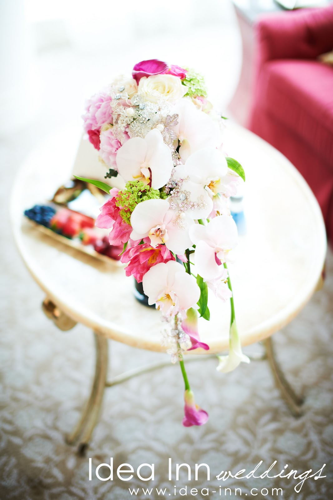 cascading style hand bouquet