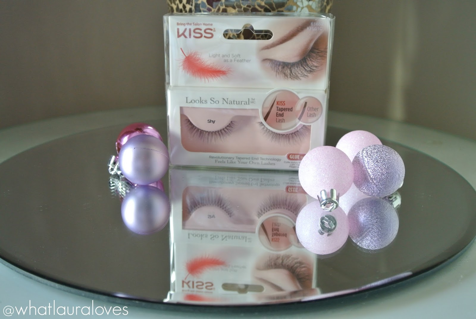 Kiss Looks So Natural Lashes in Shy Review