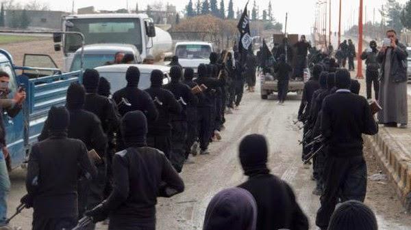 """قناة """"العراقية""""...عناصر """"داعش"""" تغتصب الفتيات العراقيات بالموصل"""