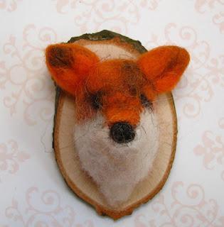 glava lisica lisjak trofeja broška karla b. rihtaršič