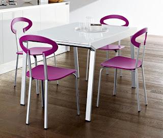Cadeiras de várias cores