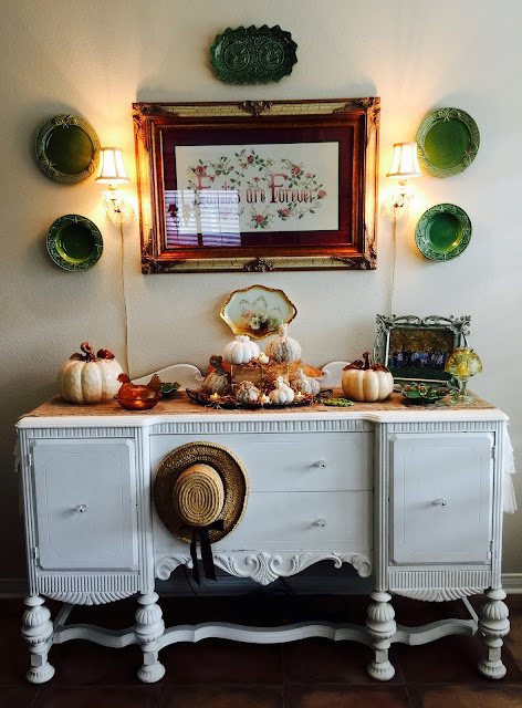 The beehive cottage fall living room hutch for Living room hutch