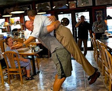 Uplifting: POTUS Eats His Way Thru Florida