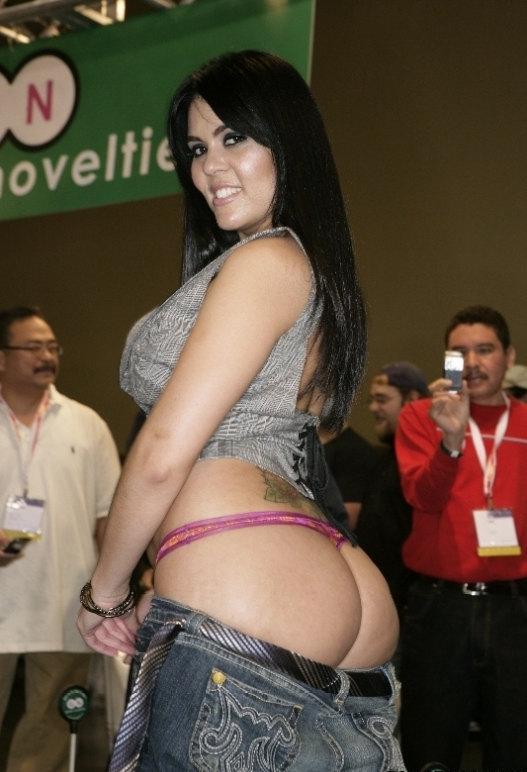 big boobs naked las vagas girls