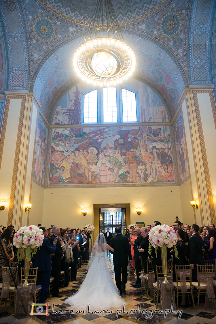 The rotunda of LAPL's Central Branch is a unique and gorgeous venue for a wedding ceremony