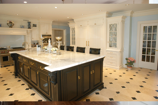 cabinet floor molding 2
