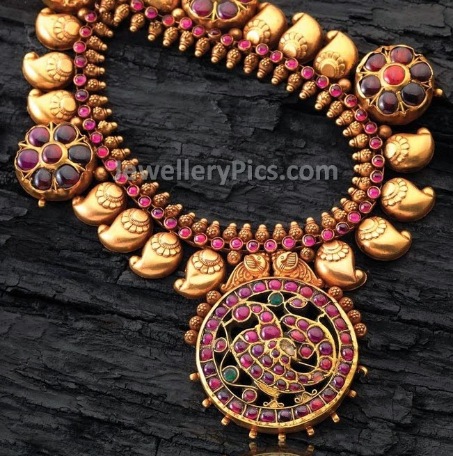 Kundan and motifs mango mala