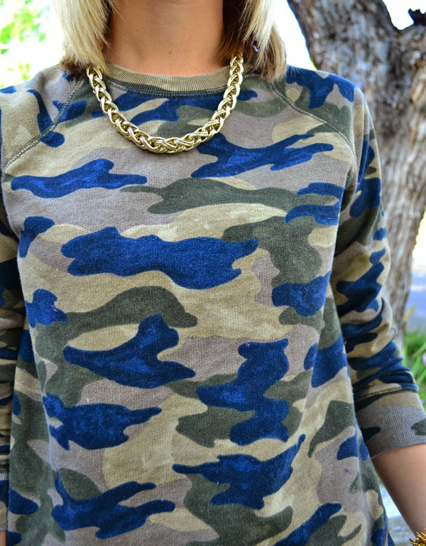 fancy camo, j.crew, white shorts, fashion blog, gold jewelry