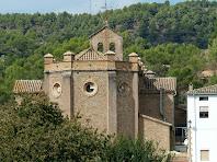 L'absis poligonal de l'església de Sant Mateu de L'Ametlla de Merola vist des de llevant
