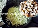 Tarta cu ciuperci si cascaval preparare reteta