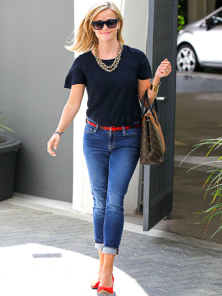 reese, reese witherspoon, michael kors, ray ban, value village, celebrity, style, how to, rolled up jeans, boyfriend jeans, heels, red, color