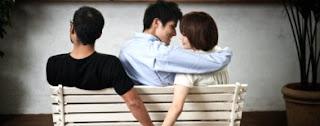 artikel-populer.blogspot.com - 10 Tanda Pasangan Anda Selingkuh