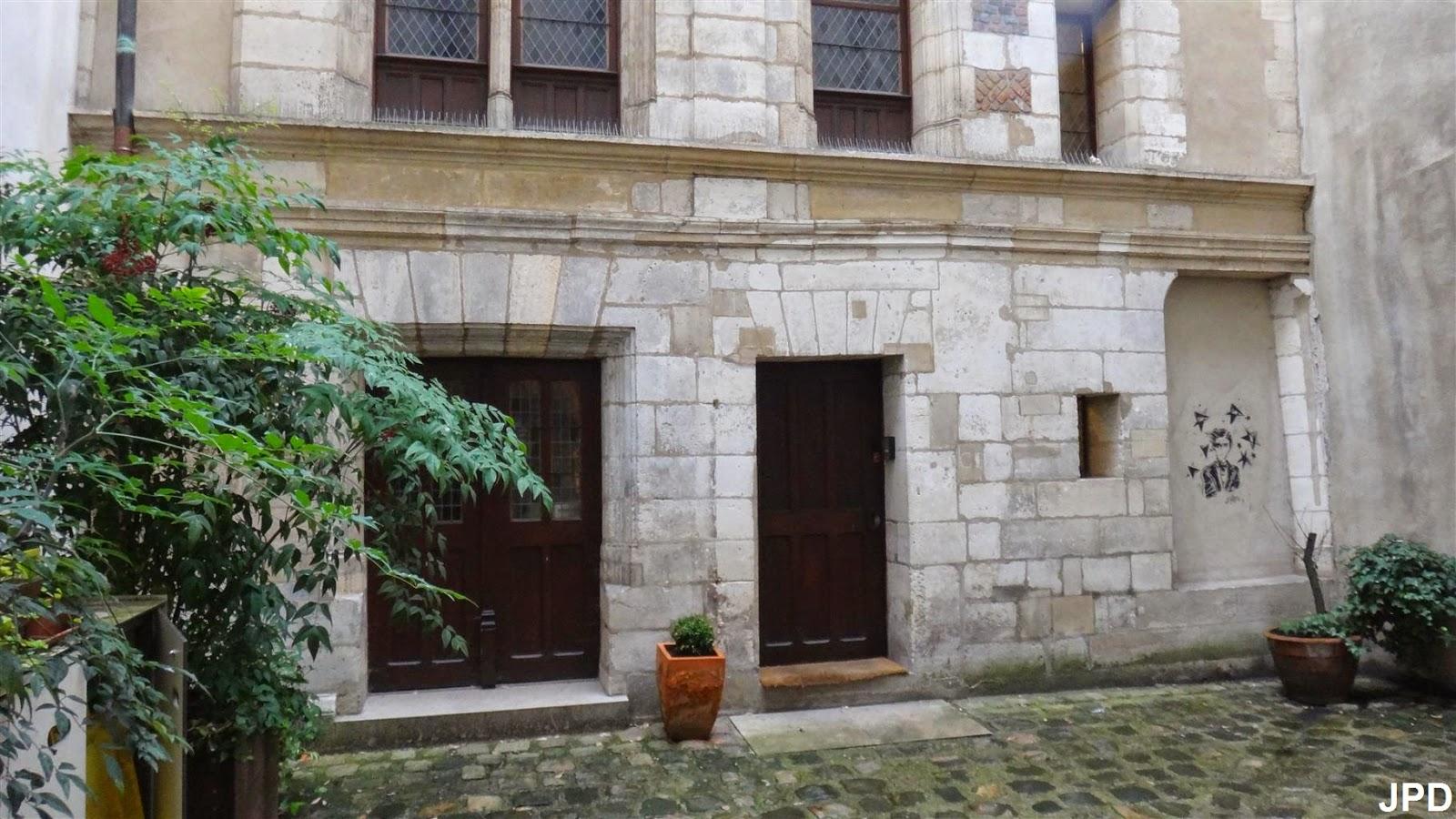 Paris bise art la maison de marie touchet for La maison du mexique
