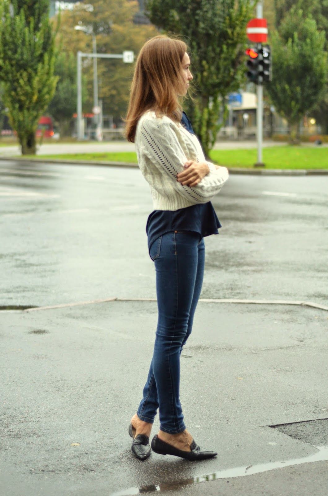 gina-tricot-cardigan-jeans-outfit