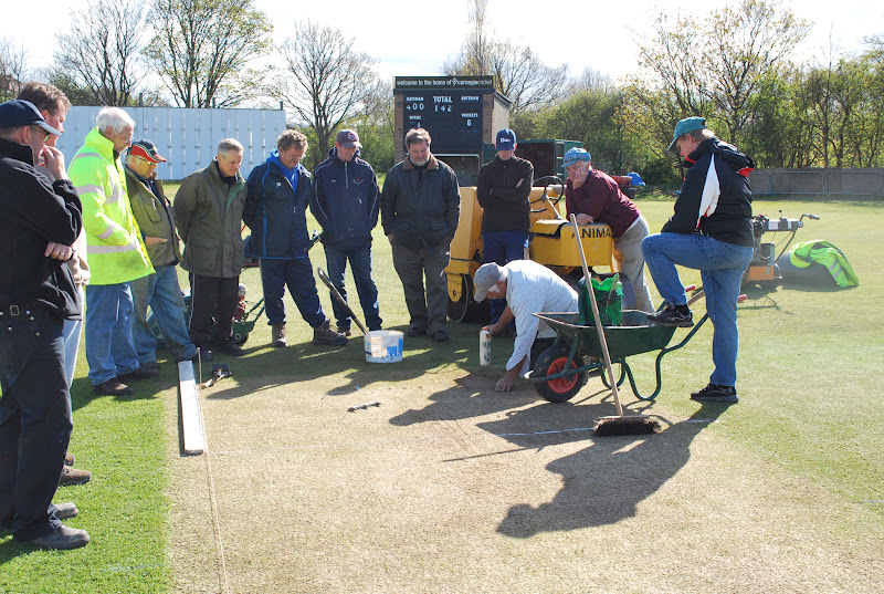 how to become a cricket groundsman
