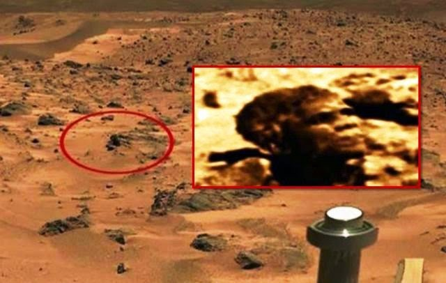 Face of President Obama Appears on Planet Mars