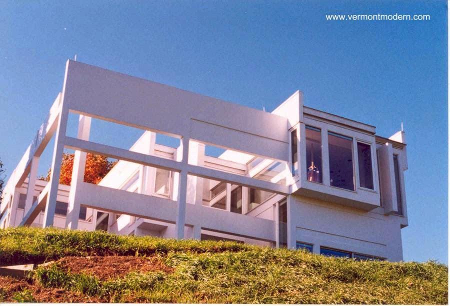 Casa residencial brutalista norteamericana House II en Vermont