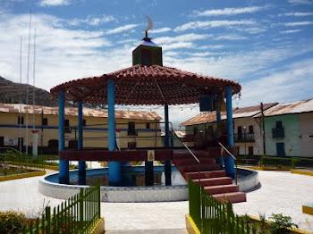 Plaza de armas del Distrito de Huañec