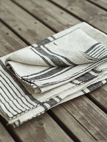 striped linen hand and bath towels, available in the emporium by linenandlavender.net:  http://www.linenandlavender.net/p/blog-page_3.html