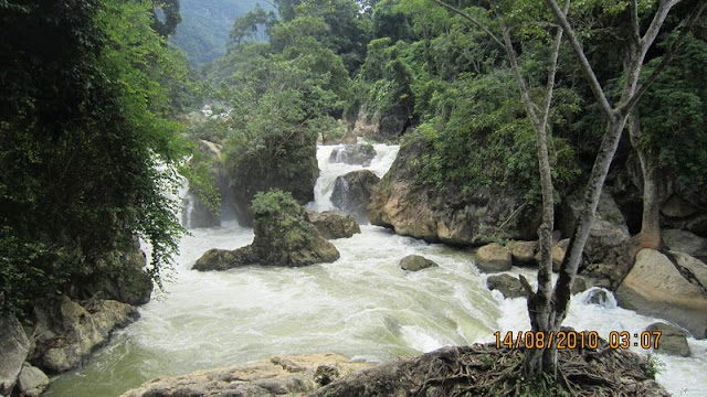 Dau Dang Cascade, Bac Kan - Photo Logan Bui