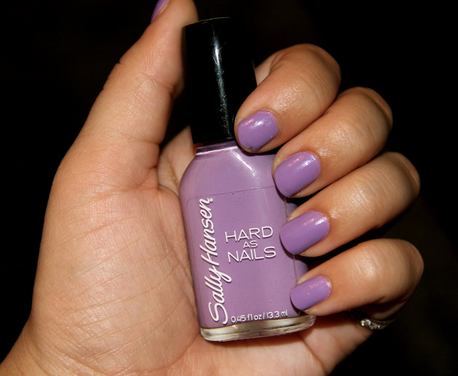 NOTD: Sally Hansen Hard as Nails in 'No Hard Feelings' | Kailan