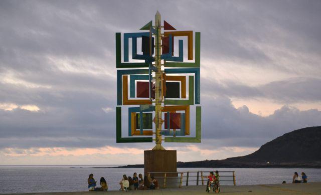 Juguete_del_viento_César_Manrique_Las Canteras_Gran Canaria_01