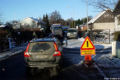vägarbete, blockad, väg, gata, stopp, road block, road work, street, buss, bus, villaområde