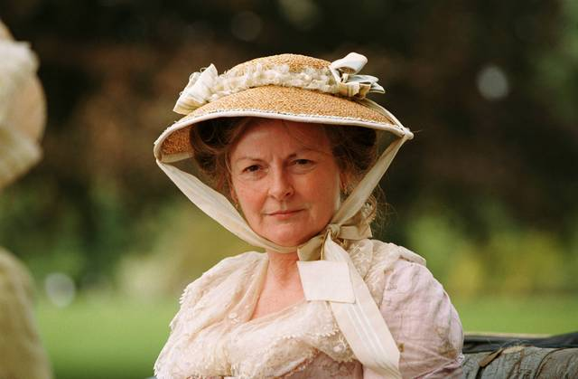 an introduction to the character of elizabeth bennet in pride and prejudice by jane austen Introduction to jane austen's novel: pride and prejudice although women had been writing novels throughout the 18th century, they formed a sort of literary.
