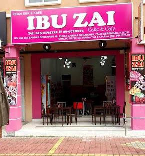MEMILIKI IBU ZAI CAKE & CAFE