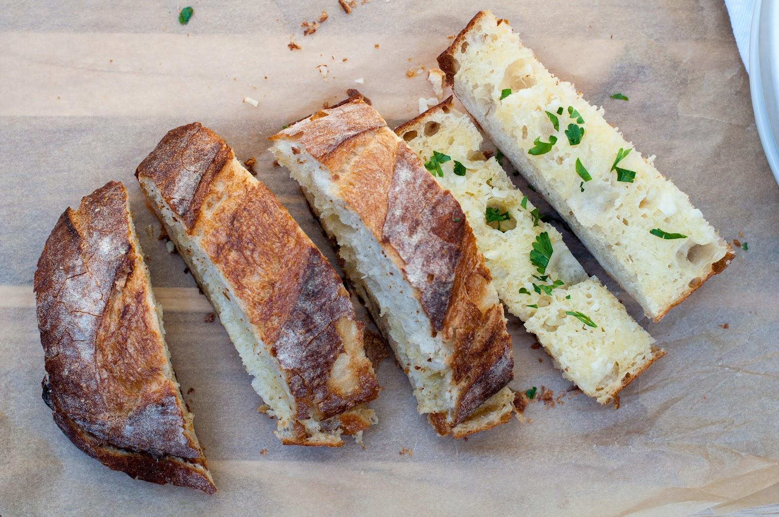 crispy & easy garlic bread - Marin Mama Cooks