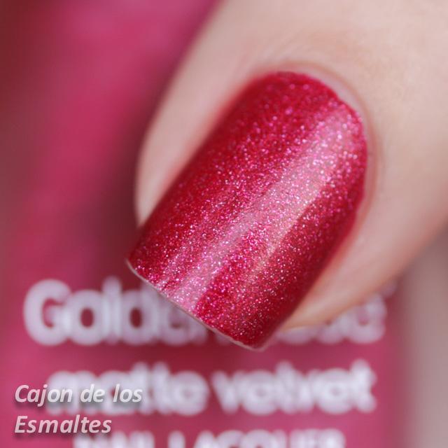 Uñas decoradas con rojo y oro - OPI Pure y Golden Rose matte velvet ...
