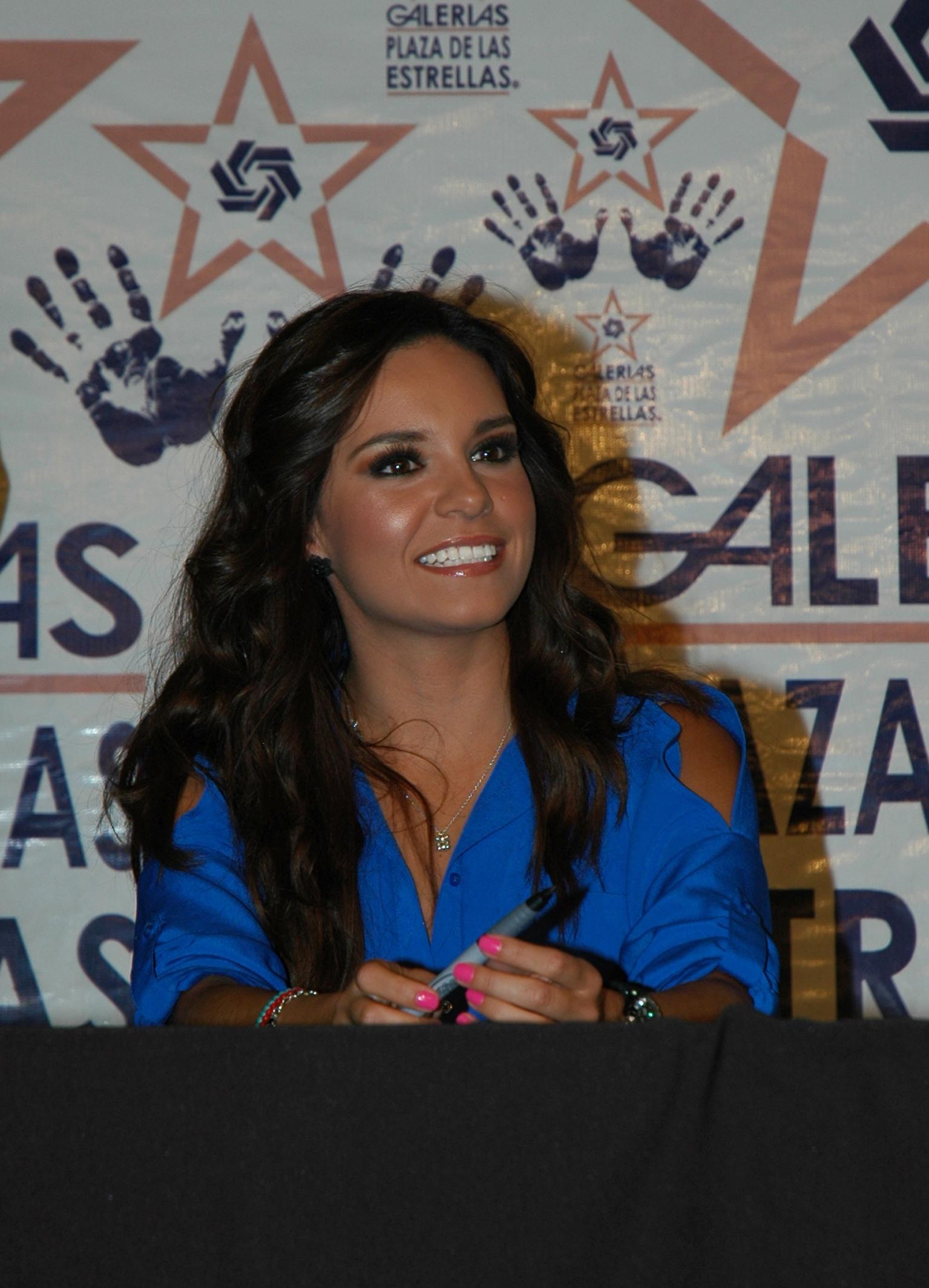 Tania Rincon