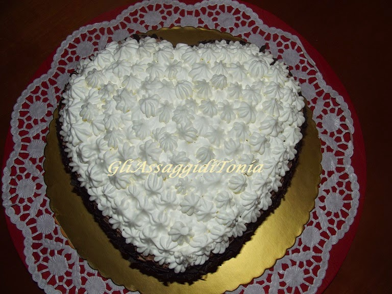 torte cuore di panna fiocchi e patchwork