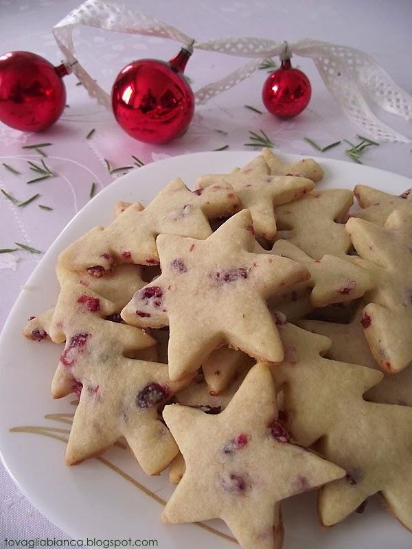 biscotti con mirtilli rossi di palude e mandorle