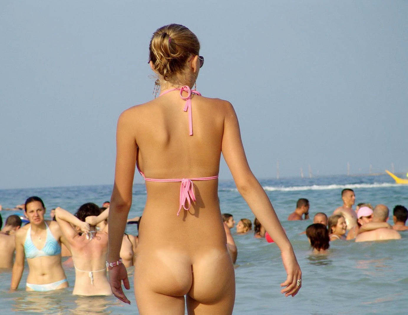 Group bottomless nude beach girls