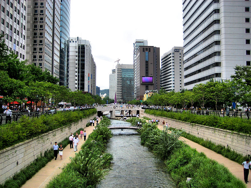 SEOUL CHEONGGYECHEON STREAM   서울 淸溪川