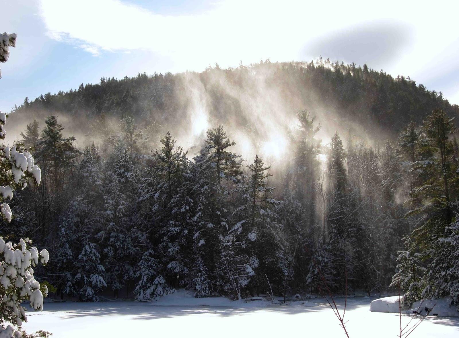 http://2.bp.blogspot.com/-8cOExhJhqHY/UODcQGPK-aI/AAAAAAAAPqA/TbqwFoocYlk/s1600/snowsmoke.jpg