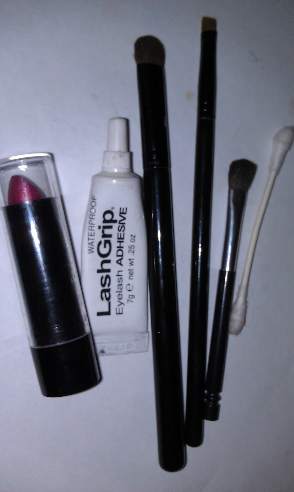 makeup reviews, advice, & helpful tips: a cheap easy way to make