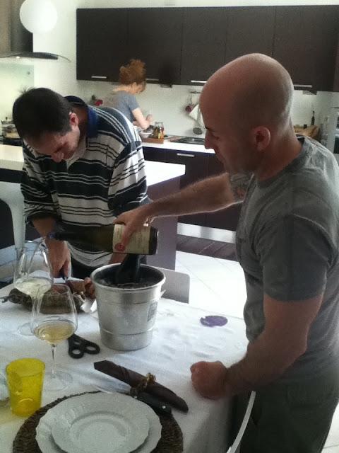 Gli amici del bar la grande cucina italiana quella di casa una domenica a pranzo a viadagola - Cucina italiana di casa ...