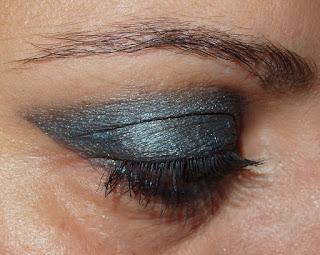 #look-ojos-gris