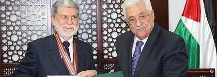 Amorim recebe a mais alta condecoração palestina