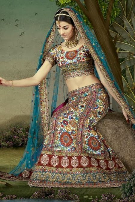 http://www.funmag.org/fashion-mag/fashion-apparel/giselli-monteiro-in-indian-wedding-dresses/