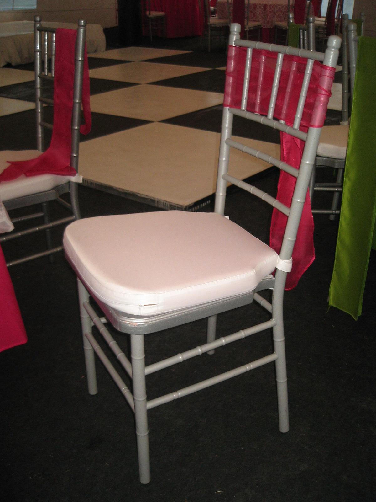 Abcmultiespacios alquiler de sillas for Sillas para rentar