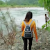 [VIDEO] Guru Wanita Sanggup Redah 5 Batang Sungai Dan Bukit Demi Mengajar Anak Muridnya