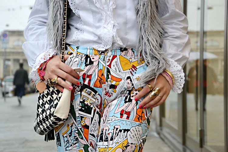 milano moda desing, comics, pantaloni fumetti, leggings fumetti, outfit, fashion bloggers italiane