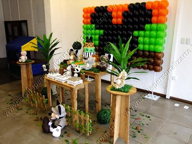 decoracao de festa infantil Mickey Safari provençal